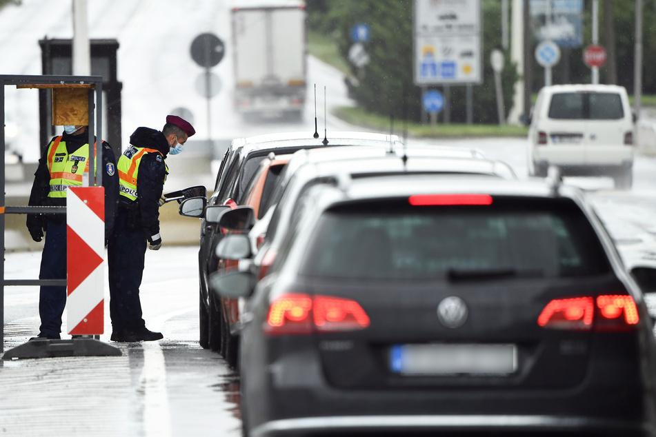 Am burgenländischen Grenzübergang Klingenbach hat die Grenzschließung durch Ungarn aufgrund der steigenden Zahl an Corona-Infektionen für keine Probleme gesorgt.