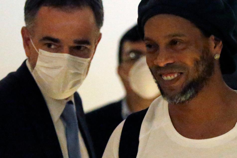 Ronaldinho aus Knast entlassen! Kaution mit Geld aus Europa gezahlt?