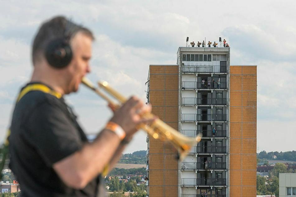 Die Dresdner Sinfoniker haben im September den Stadtteil Prohlis von oben beschallt.