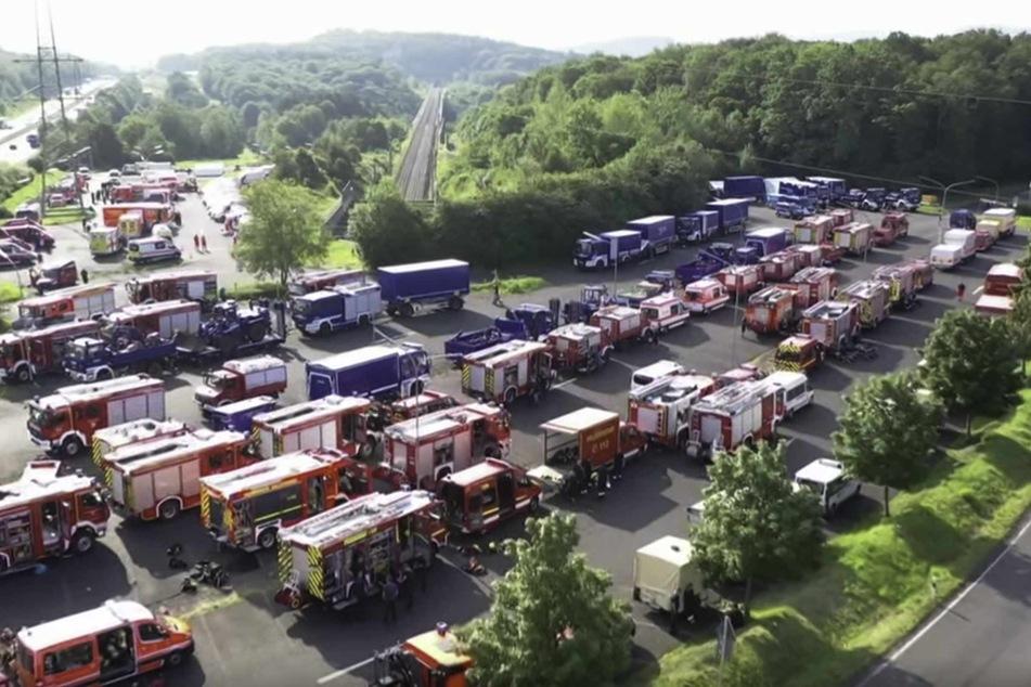 700 Einsatzkräfte aus Schleswig-Holstein wollen im Katastrophengebiet helfen.