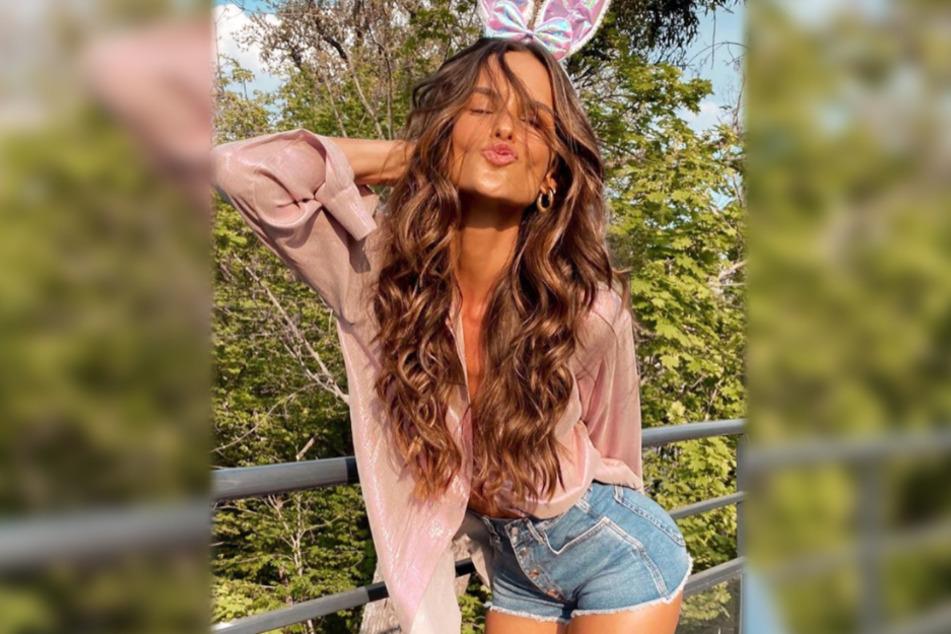 Der Instagram-Screenshot zeigt Izabel Goulart, wie sie zu Ostern 2020 als sexy Bunny posiert.