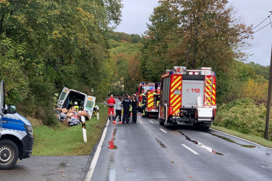 Tödlicher Unfall in Meiningen: Paketdienst knallt gegen Baum