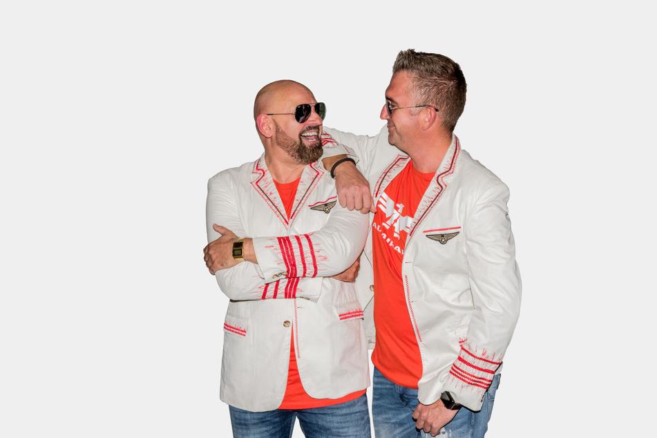 """Das DJ-Team """"The Admirals"""" legt auch beim Hitzefrei-Livestream auf."""