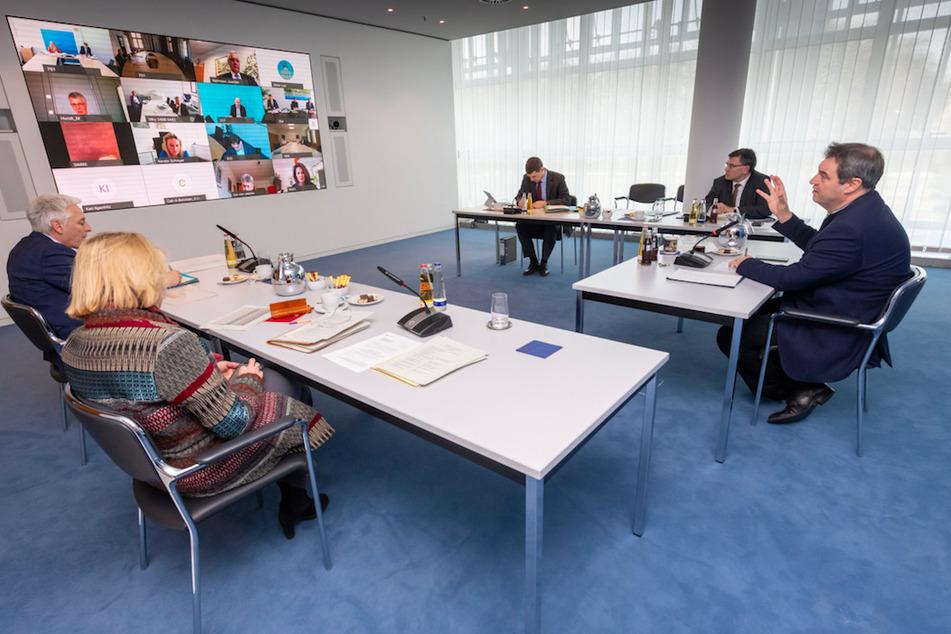 Kabinett tagt per Videokonferenz: Weitere Corona-Maßnahmen geplant