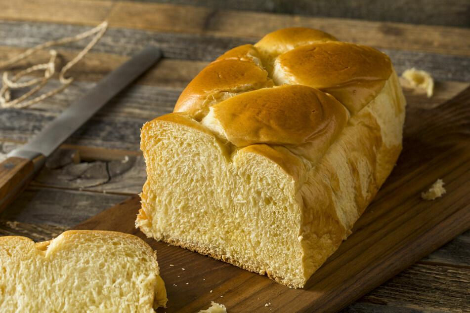 Ein selbstgebackenes Brot ist bekömmlicher und nicht schwer herzustellen.