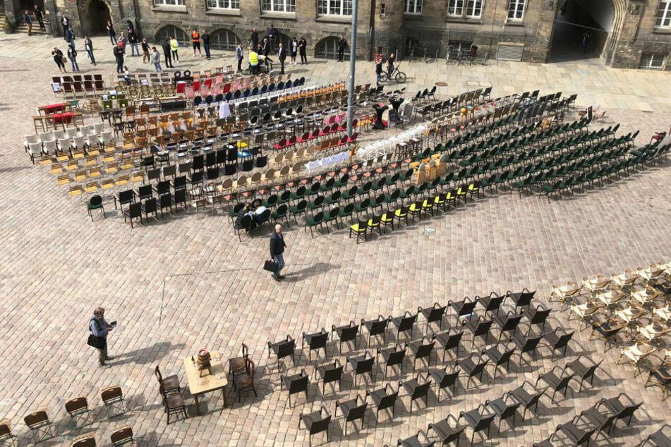 Mehr als 50 Gastronomen waren bei dem Protest in Chemnitz dabei.