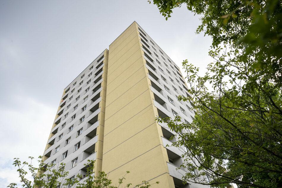 170 Bewohner und Bewohnerinnen der Hildebrandstraße 7 mussten zunächst in Quarantäne.