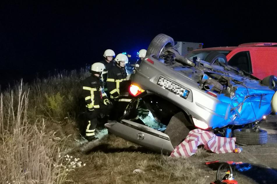 Vier Verletzte bei heftigem Unfall nahe Leipzig: Lieferte sich betrunkener Opel-Fahrer ein Rennen?