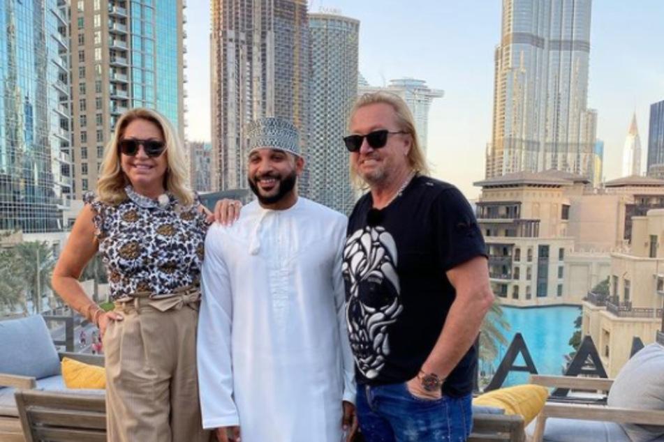 Carmen (55) und Robert Geiss (56) posieren ohne Maske und Sicherheitsabstand in Dubai.