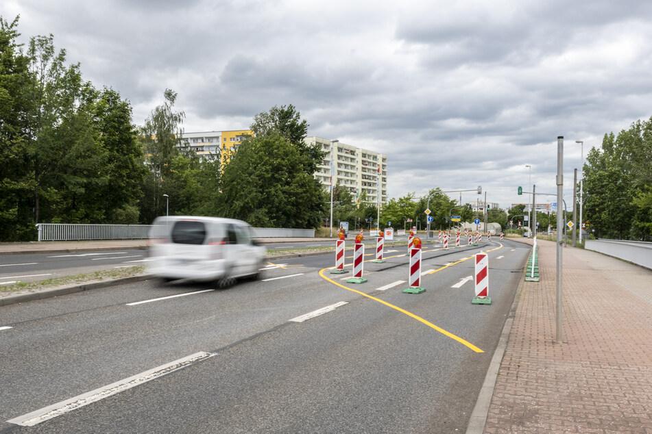 Fahrbahnsanierung in der Stollberger Straße: 38 Baustellen legen aktuell den Verkehr lahm.