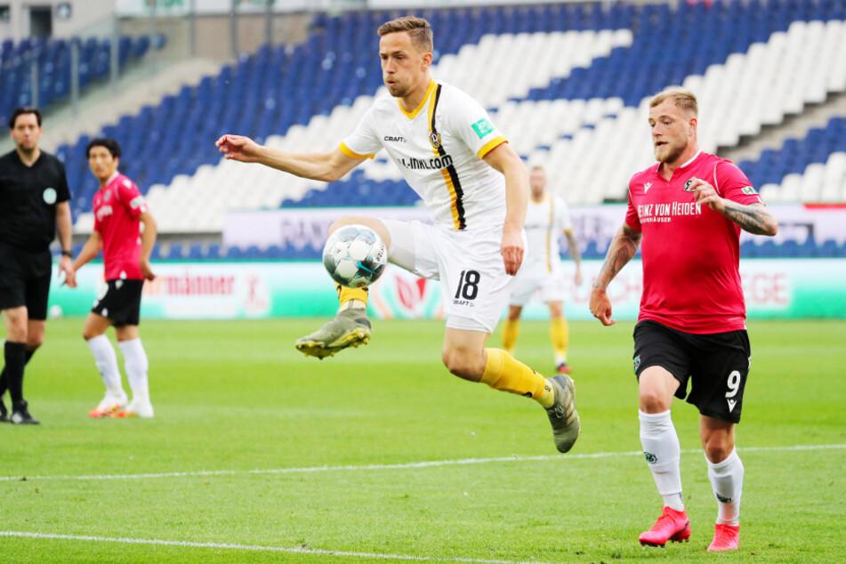 Jannik Müller (vorne links) spielte vier Jahre für Dynamo Dresden. Nun ist er nur noch zwei Runden von der Europa-League-Gruppenphase entfernt.