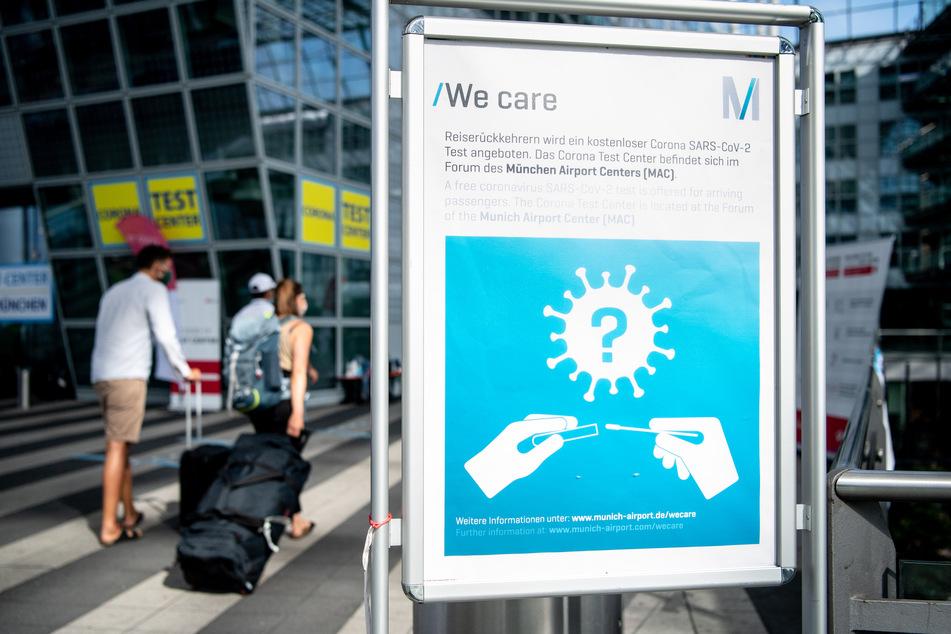 Sieben Corona-Kontrolleure bayerischen Flughafen haben sich inzwischen selbst mit dem VIrus angesteckt.