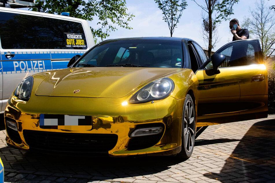 """Auch am Montag blieb der """"verbotene Porsche"""" noch bei der Polizei."""