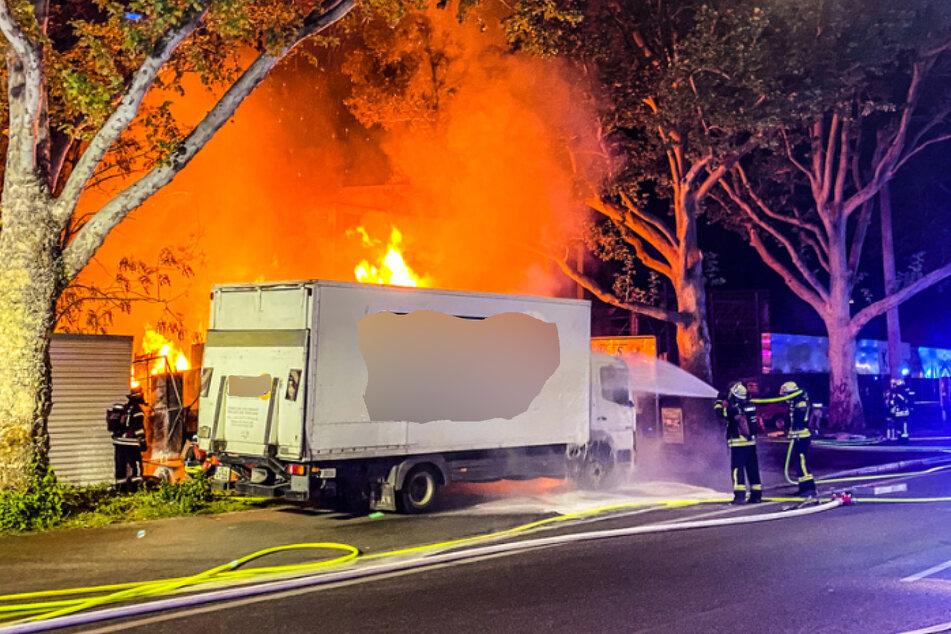 In der Nacht zum Samstag bricht das Feuer aus.