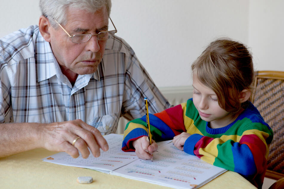 Wann können Enkel wieder ihre Großeltern besuchen?