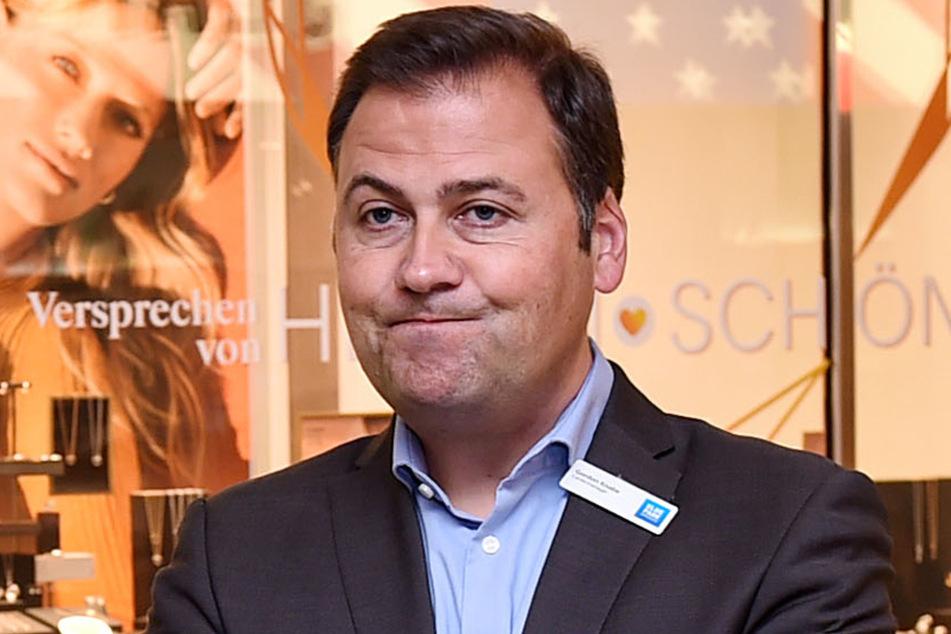 Sorgt sich nicht nur um die Zukunft seiner Einkaufsmeile: Elbepark-Centermanager Gordon Knabe (45).