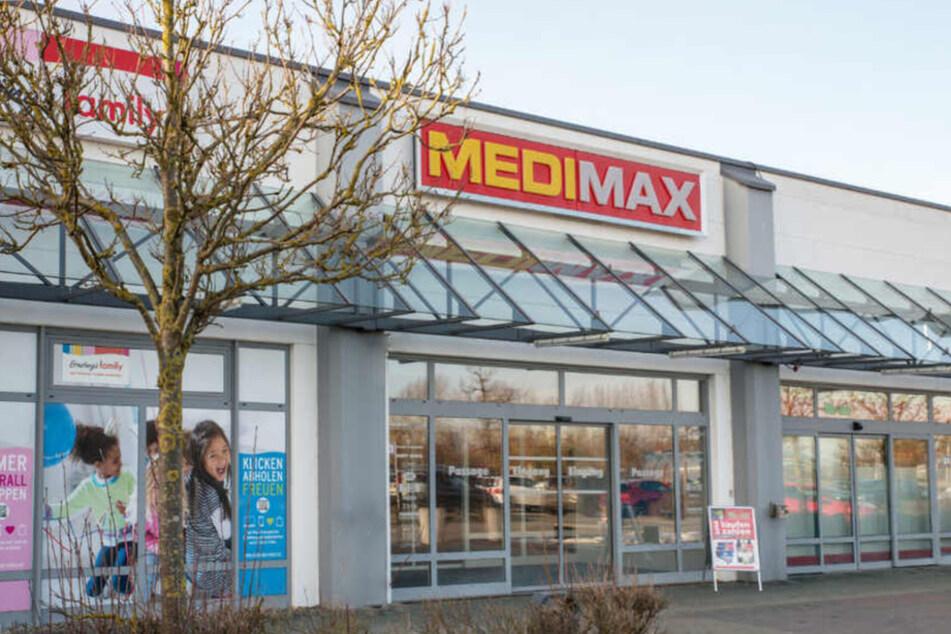 Weil MEDIMAX Rostock bald schließt, gibt's ab Donnerstag (6. Mai) Technik günstiger