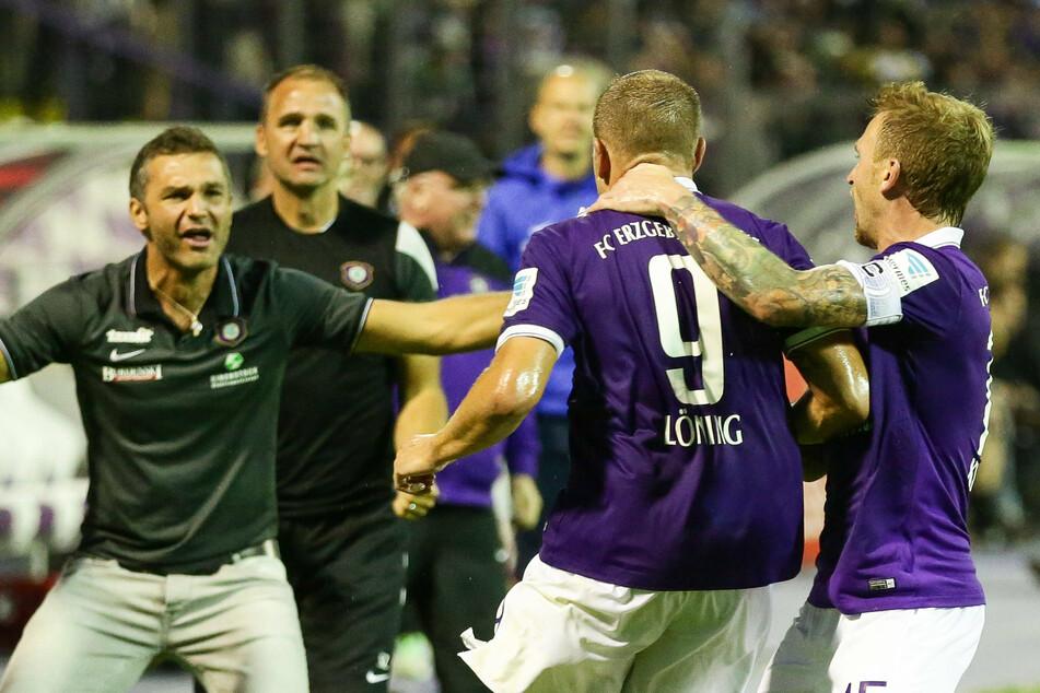 In der Saison 2014/15 startete Aue noch einen Tick schlechter, da gelang aber zumindest am 6. Spieltag der erste Dreier mit dem 3:0 gegen St. Pauli.