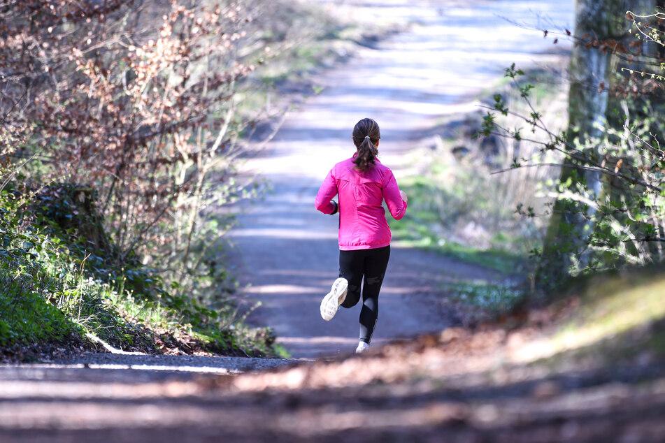 Alleine joggen geht klar, Vereinssport nicht.