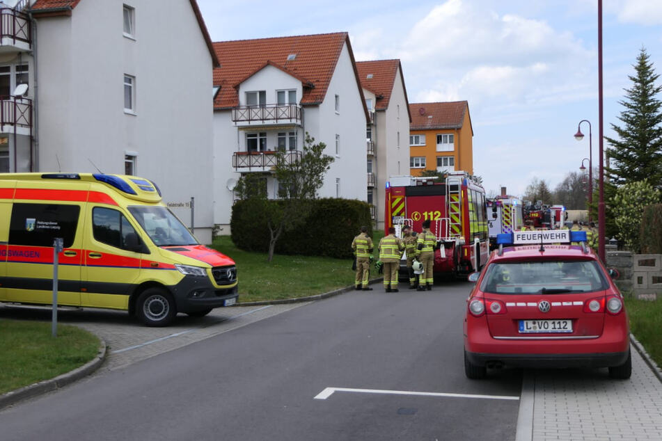 In einem Mehrfamilienhaus an der Feldstraße in Trebsen ist es am Montagnachmittag zu einem Brand gekommen.