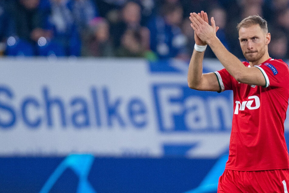 Im Trikot vom Lok Moskau wurde Benedikt Höwedes (32) im Schalker Stadion gefeiert. Er ist das Idol der jüngeren Schalker Geschichte.