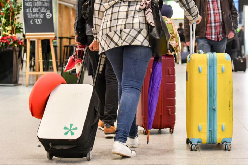 Reisewillige Berliner, die in den Herbstferien innerhalb Deutschlands verreisen wollen und dafür einen negativen Corona-Test benötigen, müssen selbst dafür zahlen. (Symbolfoto)