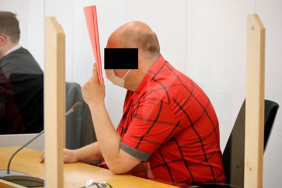 """Auf dem Rechner von Heiko G. (36) wurden kinderpornografische Bilddateien gefunden. Er selbst bezeichnet die Bilder als """"abartig"""", soll sie unaufgefordert bekommen haben."""