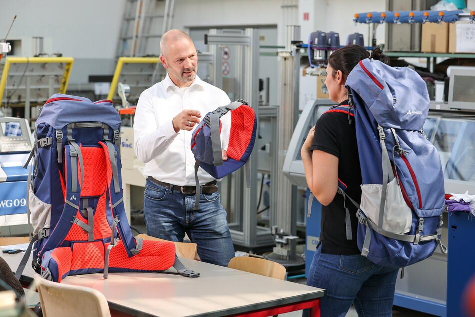 Professor Holger Cebulla lehrt Textile Technologien an der TU Chemnitz.