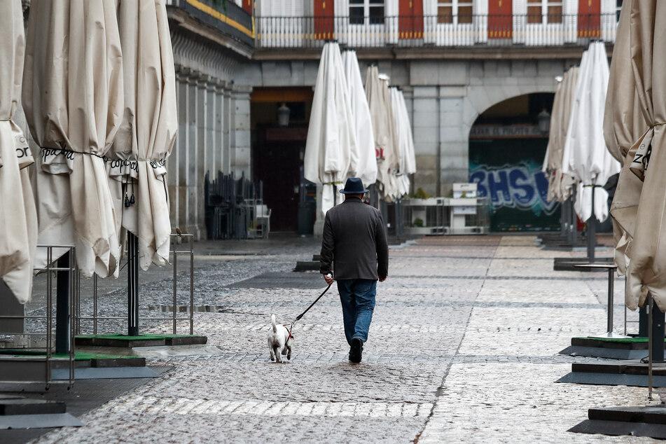"""""""Es muss weiter möglich sein, dass Menschen spazieren gehen"""", stellte Leipzigs OB Burkhard Jung aber klar."""