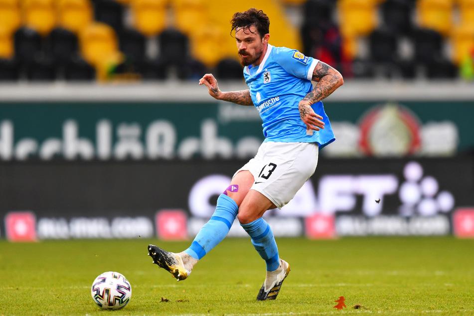 Der beinharte Zweikämpfer Dennis Erdmann (30) ist in der laufenden Saison beim TSV 1860 München gesetzt.