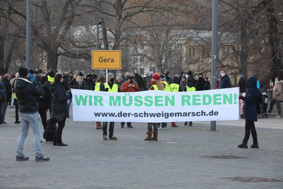 170 Teilnehmer bei Schweigemarsch gegen Anti-Corona-Maßnahmen
