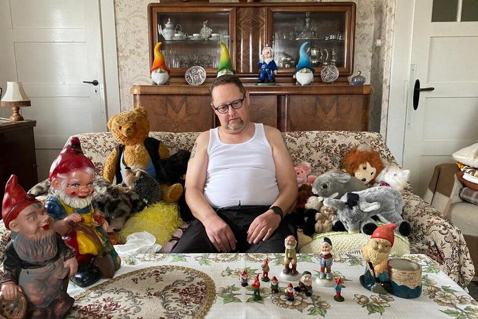 """Das Fritz-Theater produziert seine dritte Staffel """"Couchgeflüster"""". Das Bild zeigt Schauspieler Thomas Weidauer (55)."""