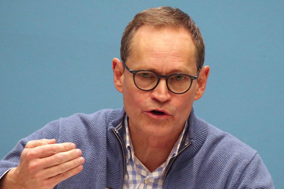 Berlins Regierender Bürgermeister Michael Müller (56, SPD) verkündete am Samstagabend nach einer Corona-Sondersitzung des Senats, dass Berlin die jüngsten Lockerungen nicht zurücknehmen wird.
