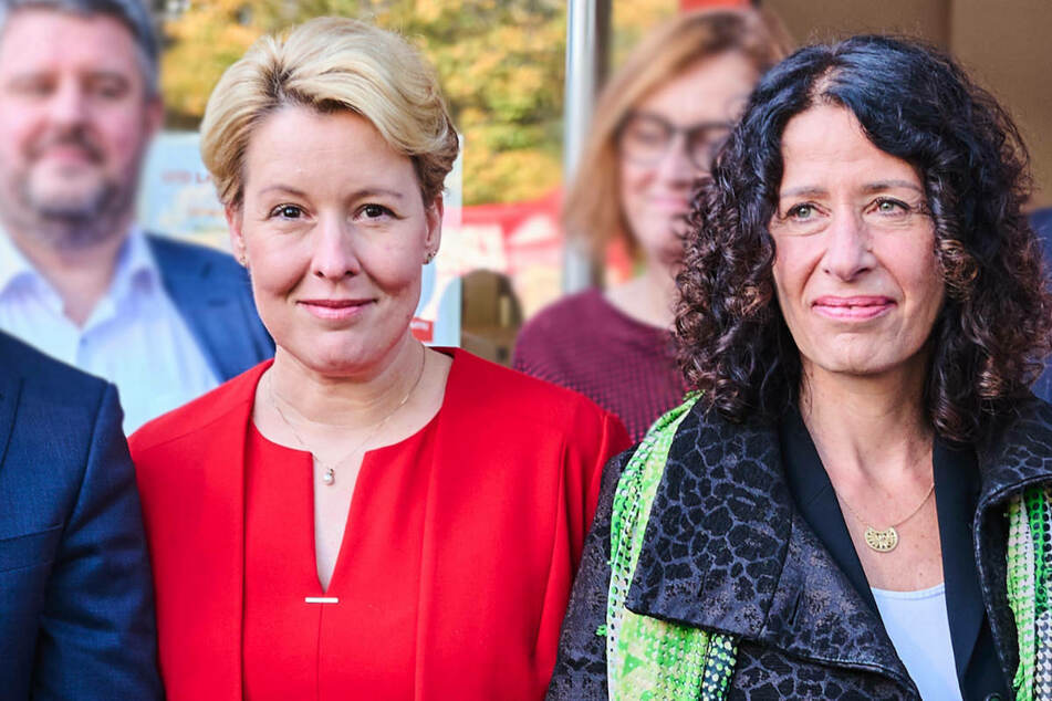Berlin: Nach Marathon-Sondierungen: Parteien beraten über weiteres Vorgehen