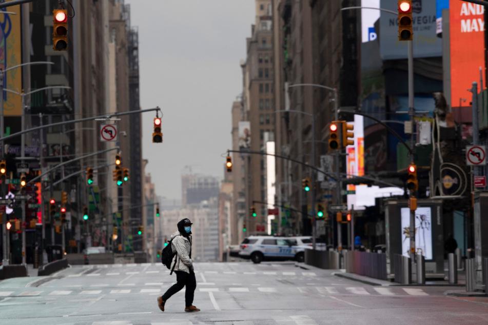 Da kann selbst Donald Trump die Coronavirus-Pandemie nicht mehr leugnen. Der Times Square in New York ist menschenleer.