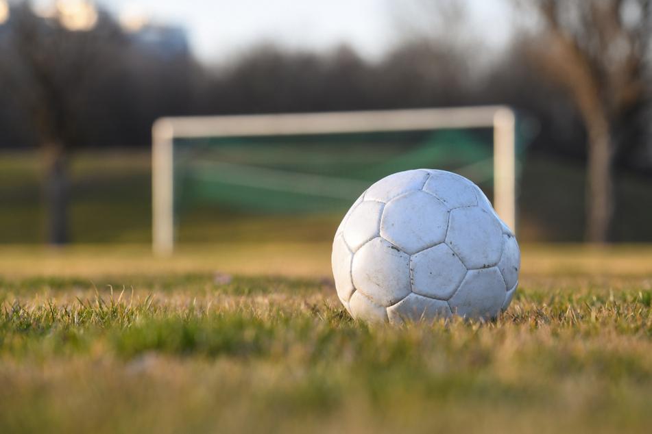 Das Rahmenkonzept Sport der bayerischen Staatsregierung sieht laut dem BFV absurde Regelungen für Zuschauer vor. (Symbolbild