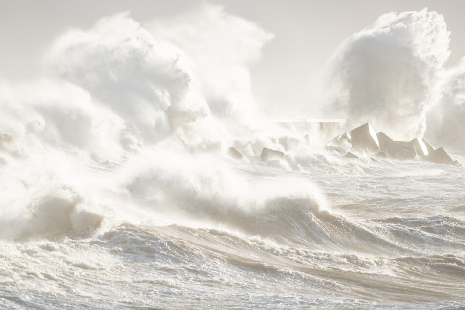 """""""Grausame Wellen"""": So zerriss eine Sturmflut Helgoland in zwei Teile"""