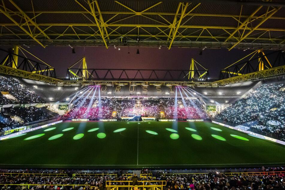 Fußballspiele, Deutschlands größtes Weihnachtssingen (im Bild) und nun ein Behandlungszentrum: Das BVB-Stadion kann für allerhand herhalten.