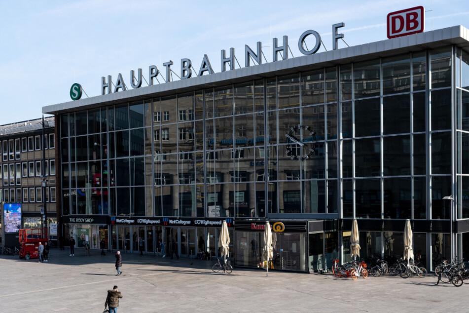 Am Kölner Hauptbahnhof wird am Mittwoch ein neues Corona-Testzentrum eröffnet. (Symbolbild)