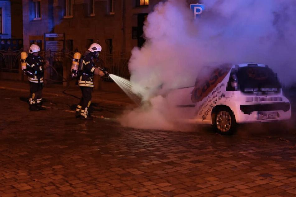 Leipzig: Nach Brandstiftung: LKA fandet nach vier dunkel bekleideten Fahrradfahrern