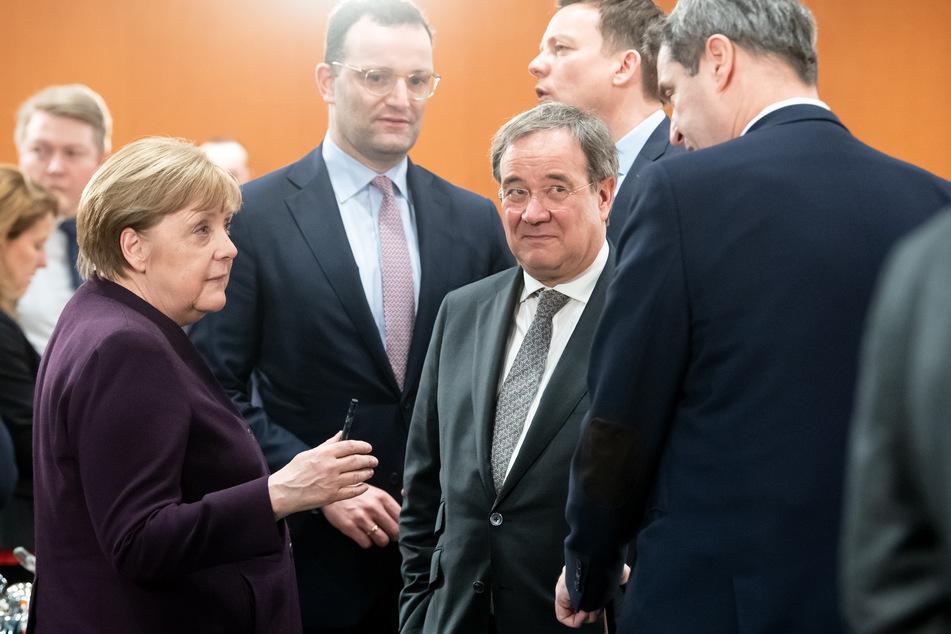 An diesem Donnerstag beraten Bund und Länder über Fortschritte aus der Corona-Krise (Archivbild).