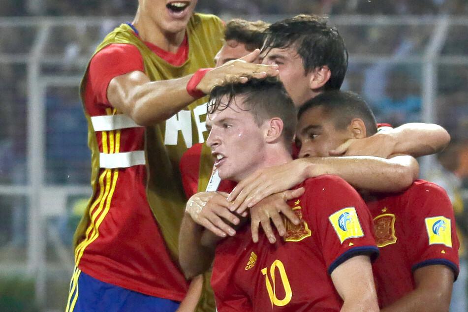 Mit den spanischen U-Nationalmannschaften war Gómez (M) bislang deutlich erfolgreicher als im Klubfußball.