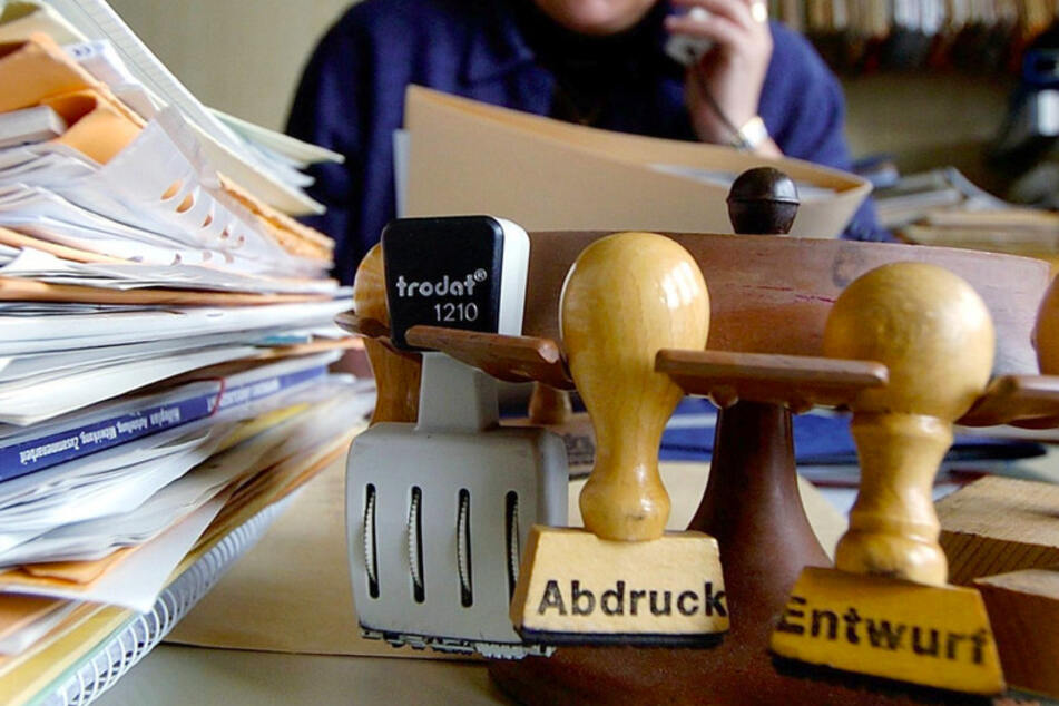 Papierberge in den Verwaltungen: Wann hat das endlich ein Ende?