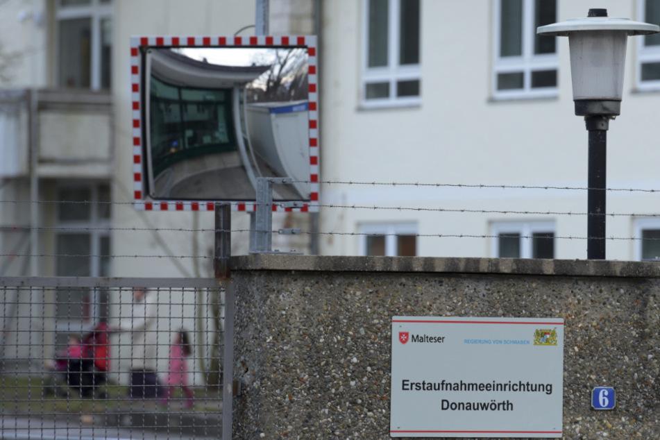 Flüchtlingsrat fordert uneingeschränkten Zugang zu Asylunterkünften für Sozialarbeiter