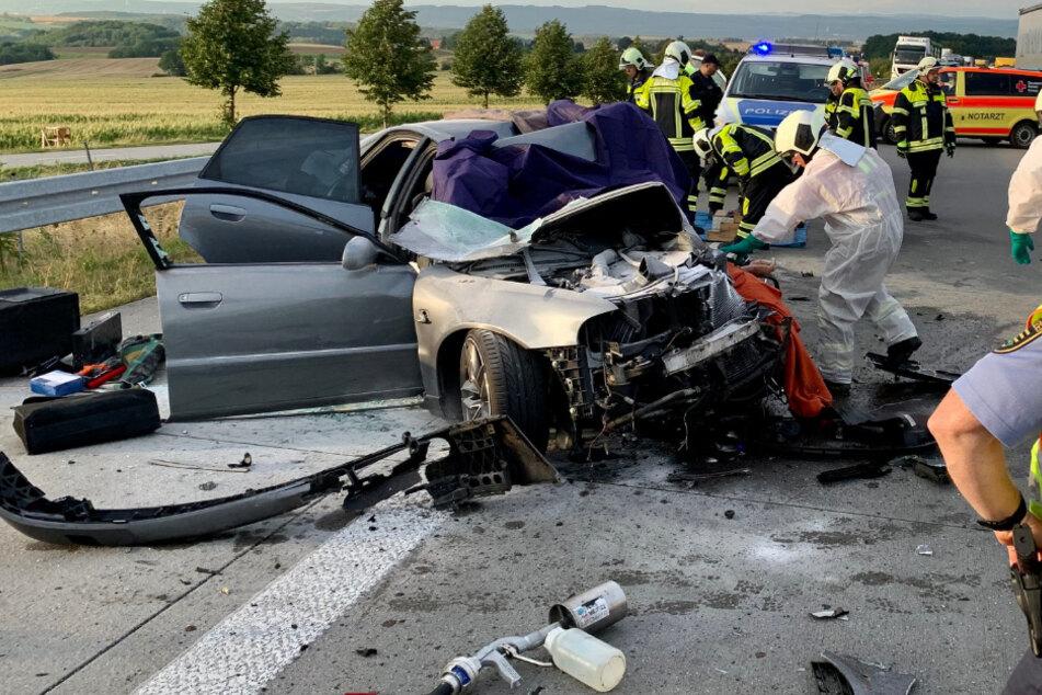 Unfall A17: 23-Jährige stirbt bei Unfall auf A17: Verlobter muss alles mitansehen