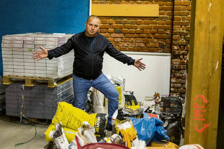 Hier war bis vor kurzem noch sein Arbeitsplatz: Ruslan Fliak arbeitete seit 2016 im Leipziger Malerbetrieb Junge, verlor jetzt aber die Arbeitserlaubnis.