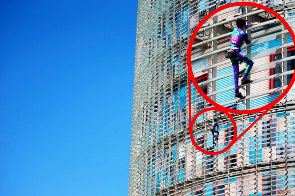 Typ klettert Dreiviertelstunde ein Haus hoch und wieder runter, dann wird er verhaftet