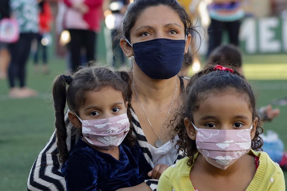 Die Ansteckungsgefahr mit dem Coronavirus bei Kindern soll untersucht werden.