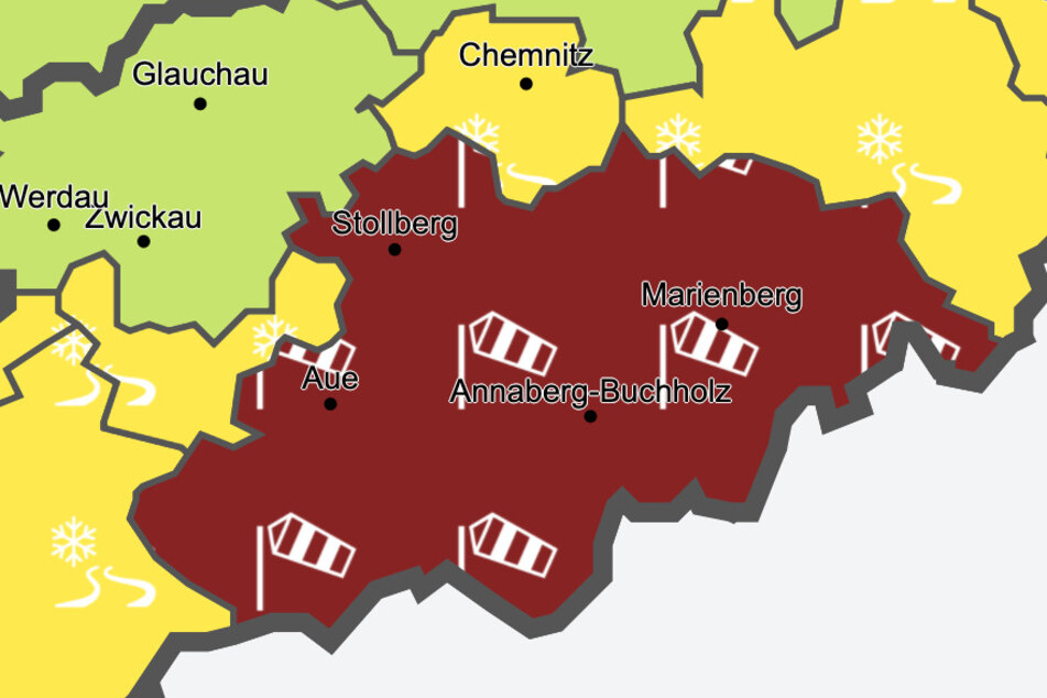 Bis Dienstagabend gilt im Erzgebirge eine amtliche Unwetterwarnung. Auch am Mittwoch sind Stürme mit Geschwindigkeiten bis zu 60 km/h gemeldet.