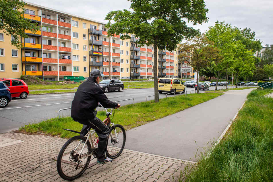 Die Route C führt von Bernsdorf aus bis ins Yorckgebiet, wo es sich bequem neben der Fürstenstraße radeln lässt.